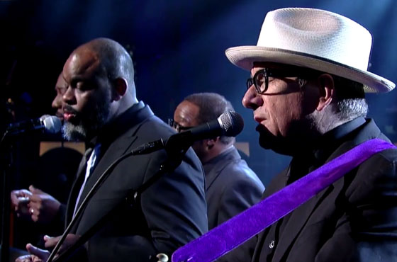 "Elvis Costello ""When I Write the Book"" / ""Everyday I Write the Book"" (live on 'Letterman')"