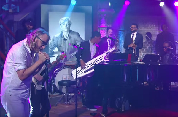 "EL VY Cover David Bowie's ""Let's Dance"" on 'The Late Show'"