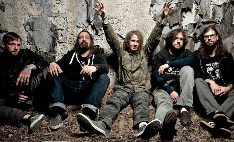Eyehategod Drummer Aaron Hill Stabbed and Robbed Before Show in Mexico