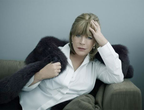 Marianne Faithfull Taps Nick Cave, Roger Waters, Steve Earle for 'Give My Love to London'