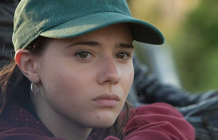 TIFF Review: 'The Fireflies Are Gone' Is a Nuanced Coming-of-Age Tale In Small-Town Quebec Directed by Sébastien Pilote