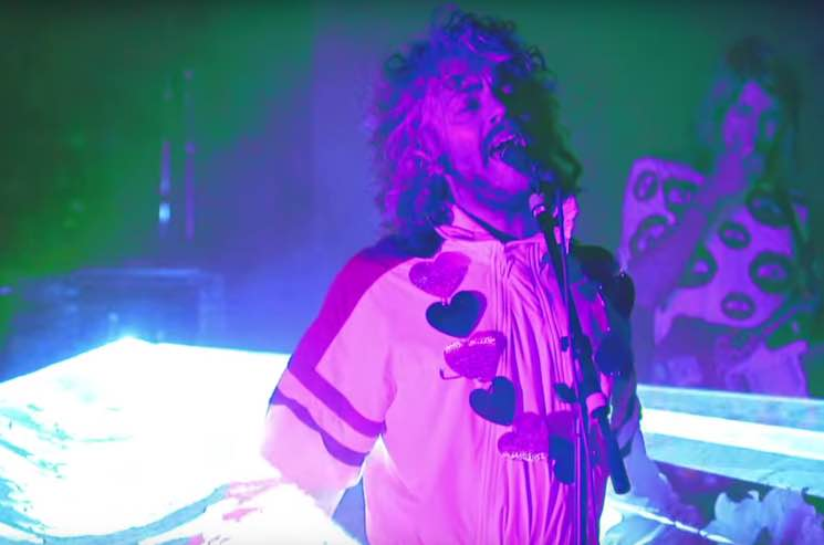 The Flaming Lips 'Space Oddity' (David Bowie cover) (video)