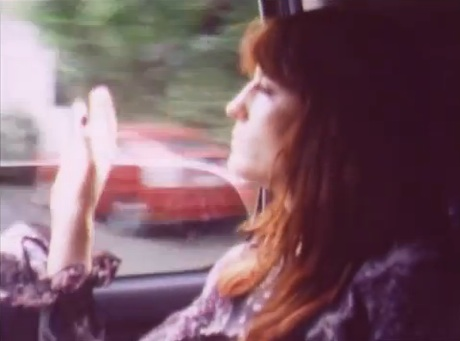 "Florence and the Machine ""Breaking Down"" (video)"