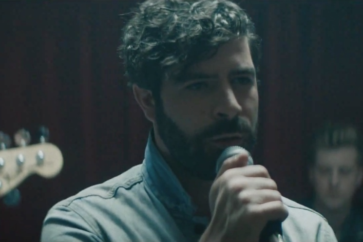 "Foals ""Give It All"" (video)"