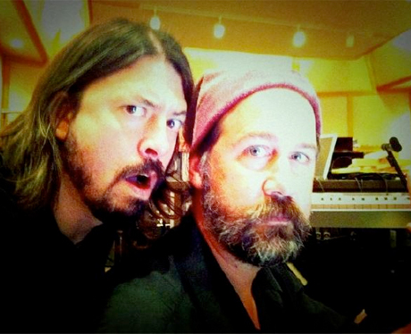 Dave Grohl Nabs Krist Novoselic for New Foo Fighters Album