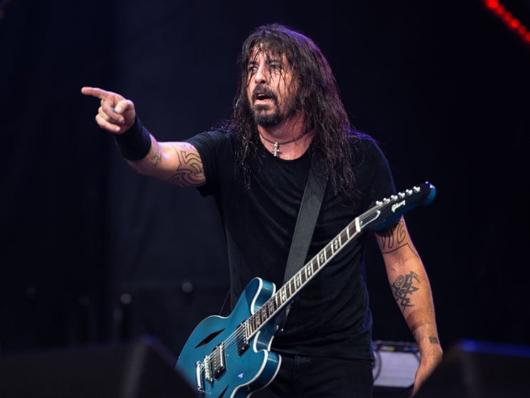 Watch Dave Grohl Fall Off the Stage at the First Foo Fighters Show of 2019