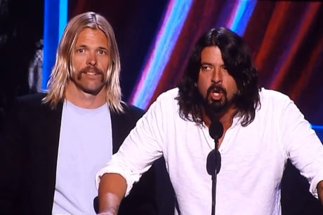 "Foo Fighters ""2112 Overture"" / Rush Rock and Roll Hall of Fame induction speech (fan video)"
