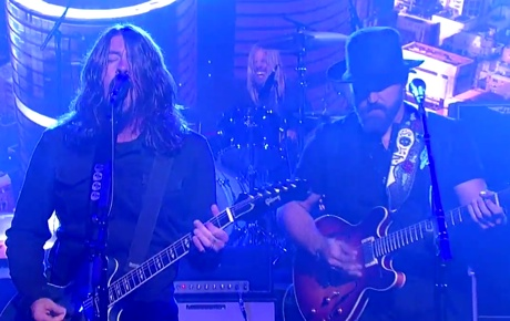 Foo Fighters 'War Pigs' (Black Sabbath cover) (live on 'Letterman')