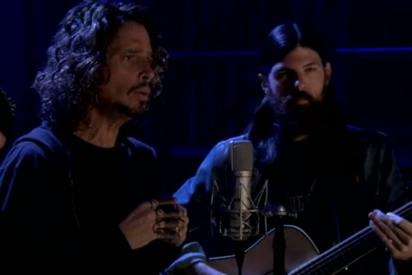 "Chris Cornell & the Avett Brothers ""Footsteps"" (Pearl Jam cover) (live on 'Fallon')"