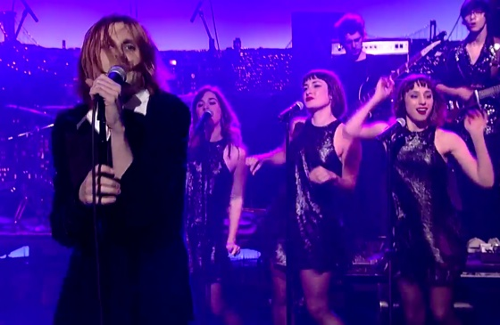 "Foxygen ""How Can You Really"" (live on 'Letterman')"