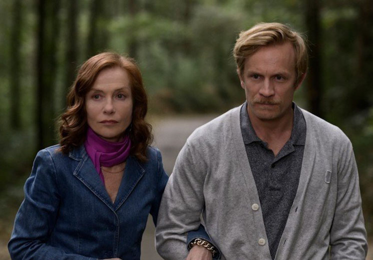 'Frankie' Is a Picturesque Isabelle Huppert Showcase Directed by Ira Sachs