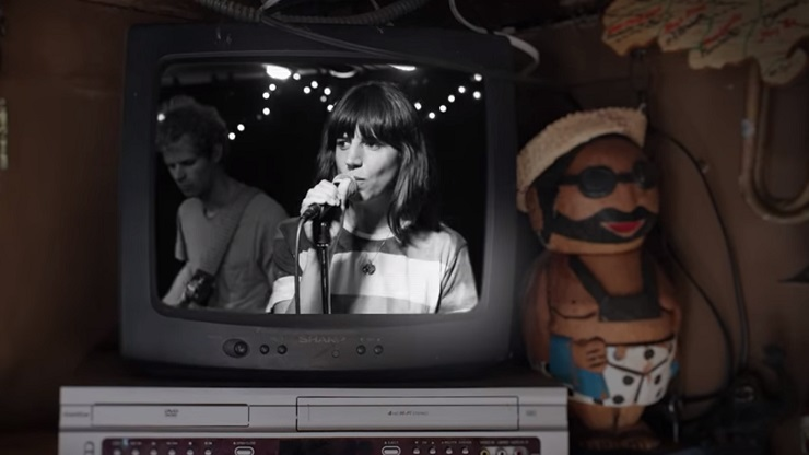 Eleanor Friedberger 'Because I Asked You' (video)