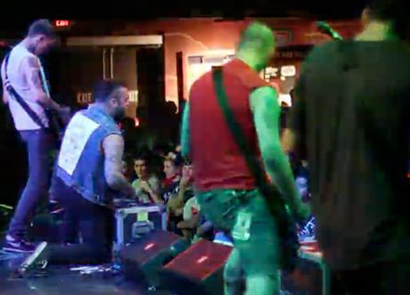 Gallows 'Mondo Chaos' (live)