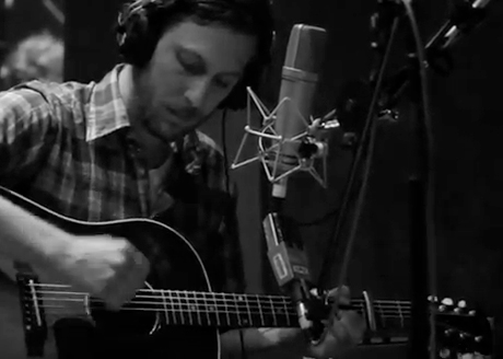 """Great Lake Swimmers """"New Wild Everywhere"""" (in-studio video)"""
