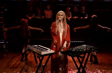 "Grimes ""Genesis"" (live on 'Fallon')"