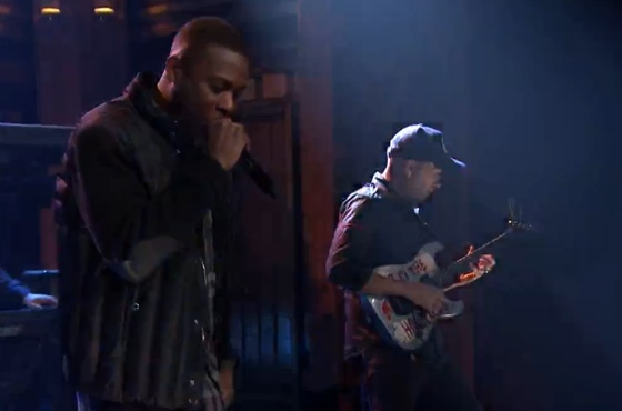 GZA 'The Mexican' (ft. Tom Morello and the Roots) (live on 'Fallon')