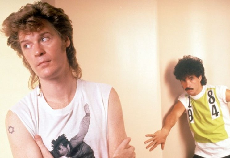 Hall & Oates Sue over Haulin' Oats Granola