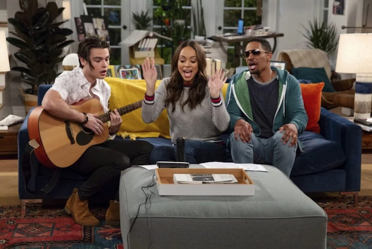 Here's Your First Look at Harry Styles' New Sitcom