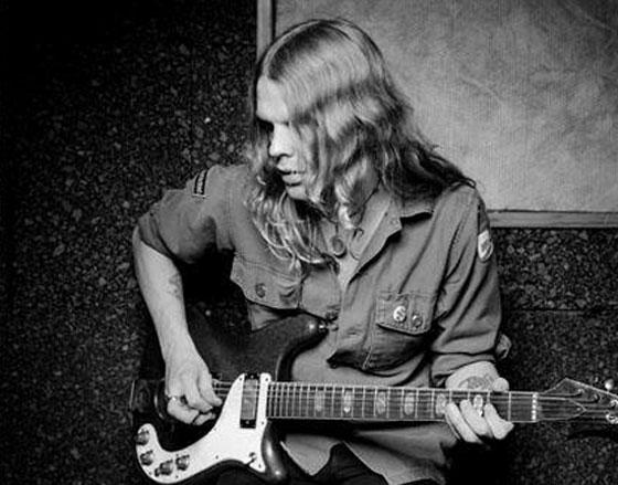 """R.I.P. Hellacopters Guitarist Robert """"Strängen"""" Dahlqvist"""