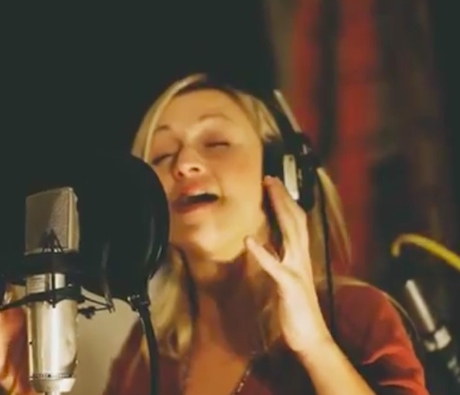 Hey Ocean! 'Is' acoustic session (video)