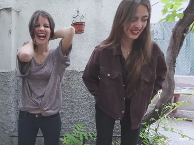 Hinds 'Bamboo' (video)