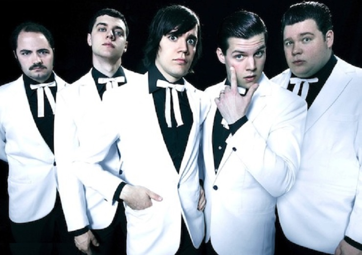 The Hives' Howlin Pelle Almqvist Offers to Front AC/DC