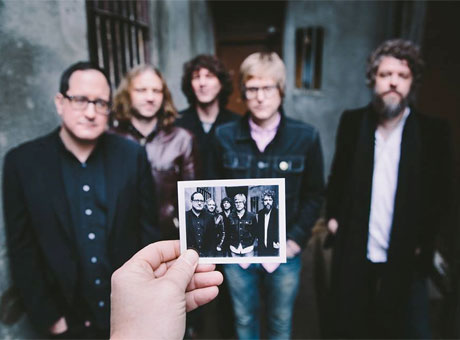 Craig Finn Explains the Hold Steady's Change in Approach with 'Teeth Dreams'