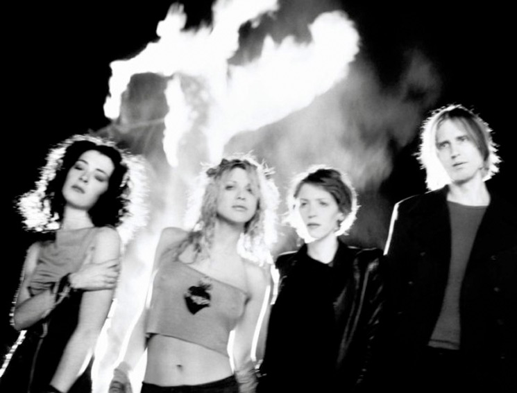 Hole's Classic Lineup Reunites for Rehearsal