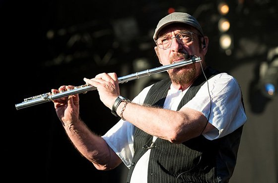 Jethro Tull's Ian Anderson Clarifies Lung Disease Comments