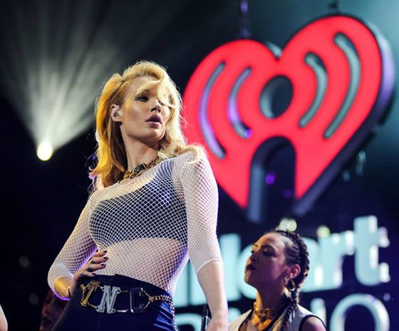Iggy Azalea Postpones North American Tour