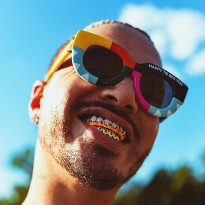 J Balvin Apologizes After Being Called Out by His Mom for 'Sexist, Racist' Music Video