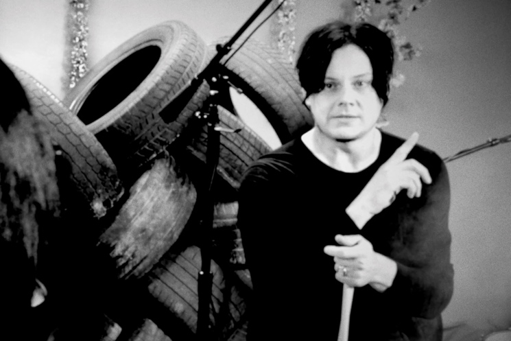 The Dead Weather Jack White drum tutorial / 'Hang You from the Heavens' (performance video)