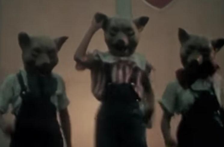 "Jason Collett ""Song and Dance Man"" (video)"