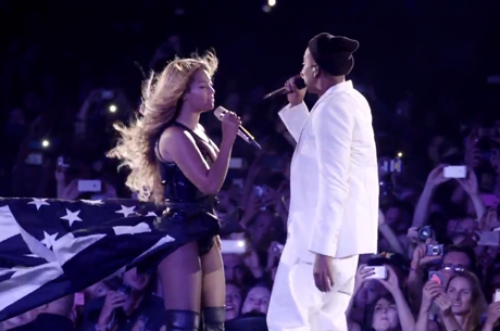 Jay Z & Beyoncé 'Forever Young' / 'Halo' ('On the Run' clip)