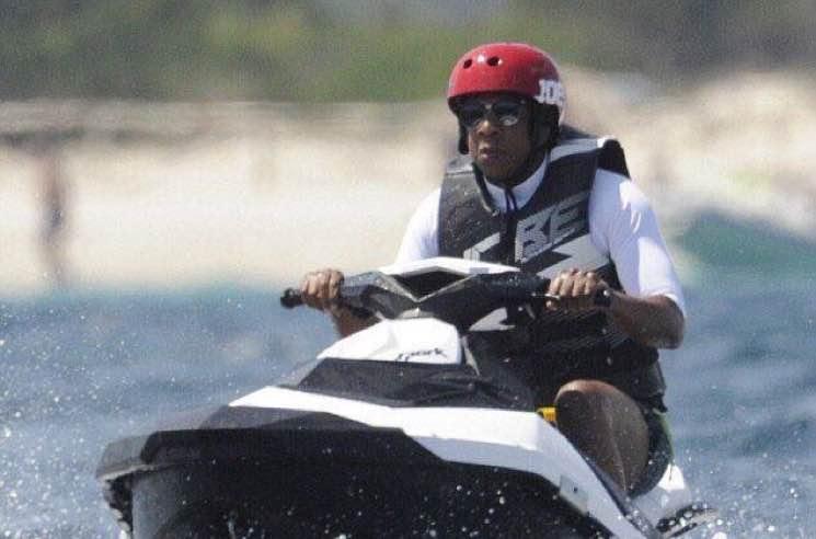 JAY-Z Riding a Jetski Is the Internet's New Favourite Meme
