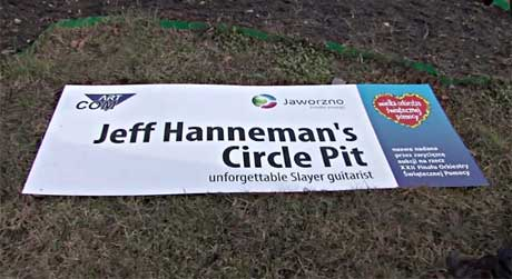Late Slayer Guitarist Jeff Hanneman Honoured with Traffic Circle in Poland