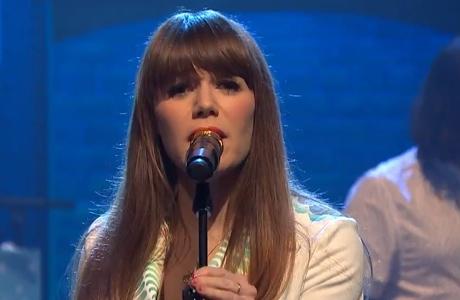 "Jenny Lewis ""She's Not Me"" (live on 'Meyers')"