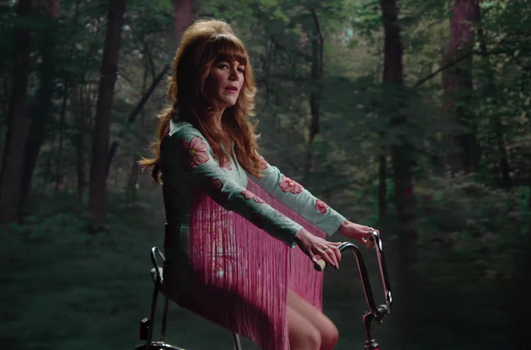 Jenny Lewis Shares Video for 'Rabbit Hole'