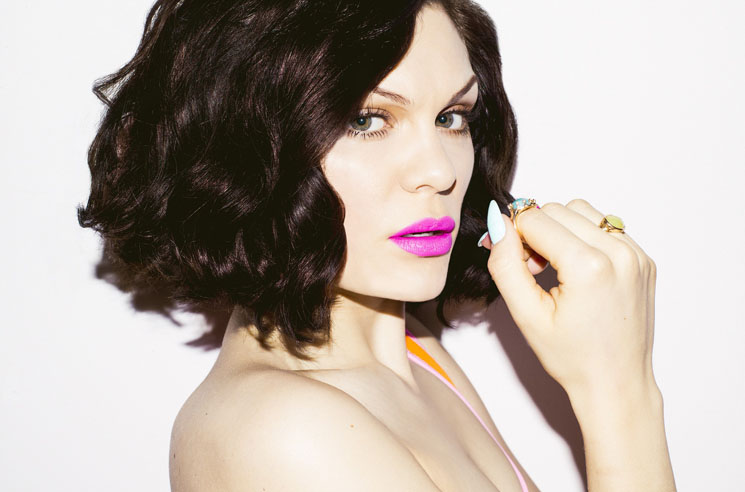 "Jessie J Declares Herself One of America's ""Greatest Singers"""