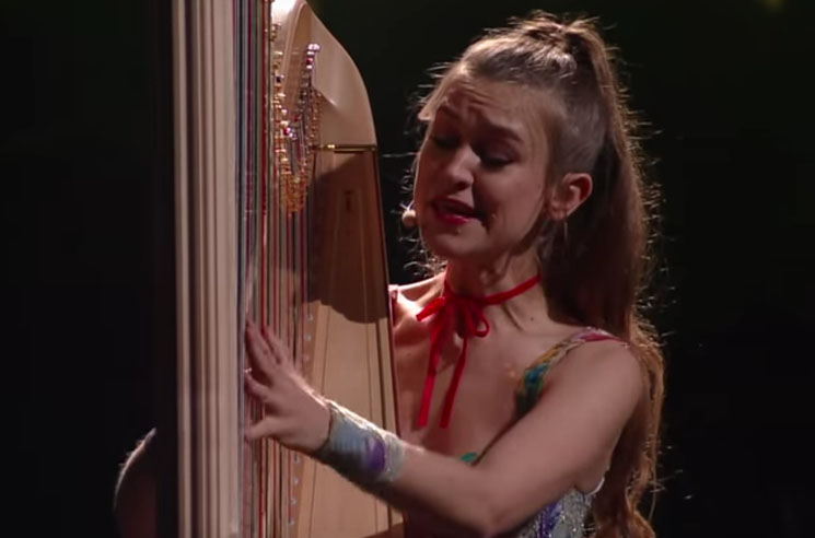 Joanna Newsom's Daughter Has a Toddler-Sized Harp