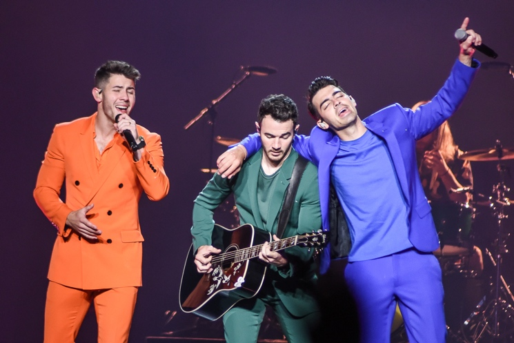 Jonas Brothers Apologize to Toronto Fans for Cutting Show Short