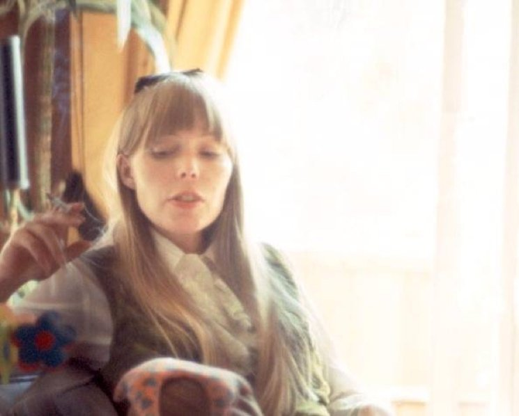 Update: Joni Mitchell Not in a Coma
