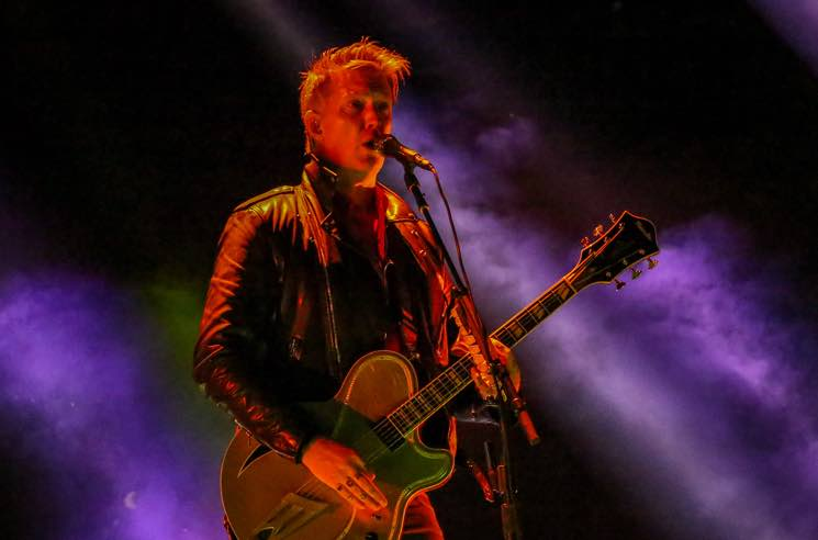 "​Queens of the Stone Age's Josh Homme Offers Another Apology to Photographer: ""I Was a Dick"""