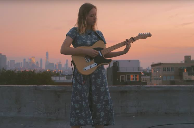 Julia Jacklin 'Eastwick' (live video)