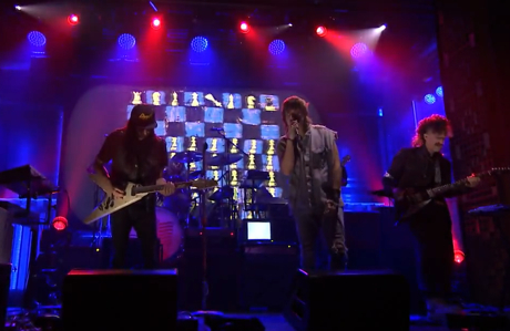 "Julian Casablancas + the Voidz ""Where No Eagles Fly"" (live on 'Fallon')"