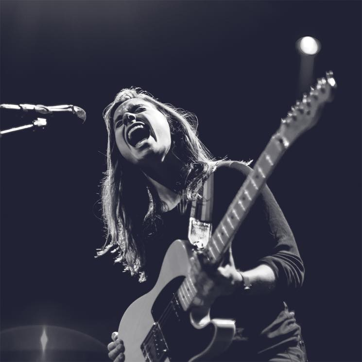 "​Julien Baker Releases ""Red Door"" and ""Conversation Piece"""
