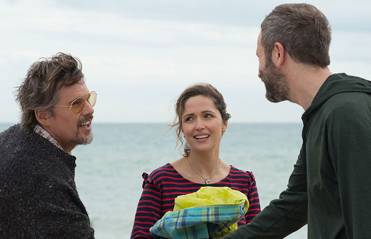'Juliet, Naked' Review: A Warm-Hearted Old-School RomCom Directed by Jesse Peretz