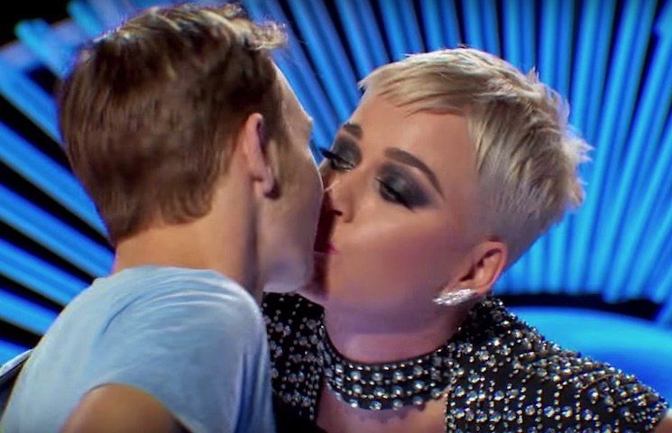 Katy Perry cops backlash over 'uncomfortable' kiss with 'American Idol' contestant