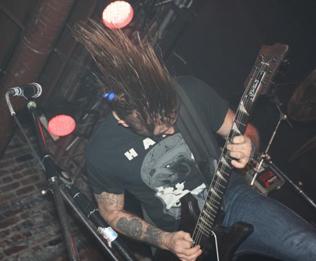 KEN Mode / Full of Hell Lucky Bar, Victoria BC, November 12