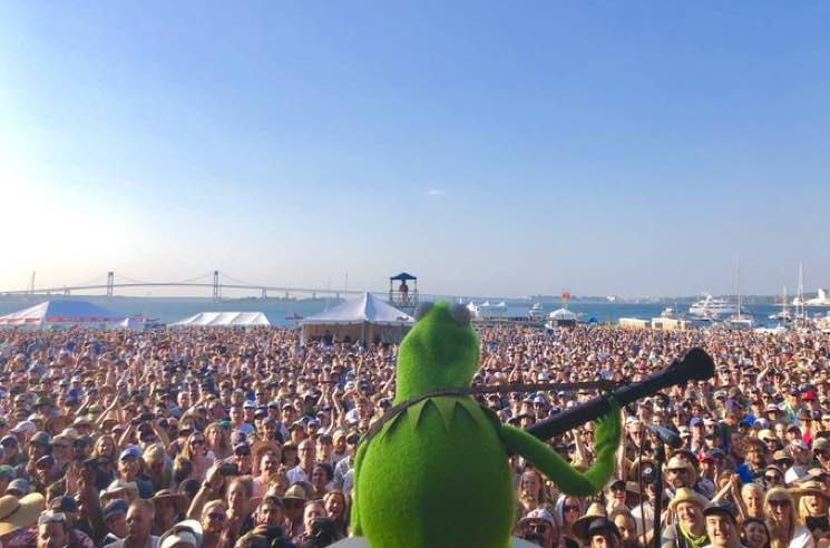 "​Watch Kermit the Frog Perform ""The Rainbow Connection"" with My Morning Jacket's Jim James and Sleater-Kinney's Janet Weiss"